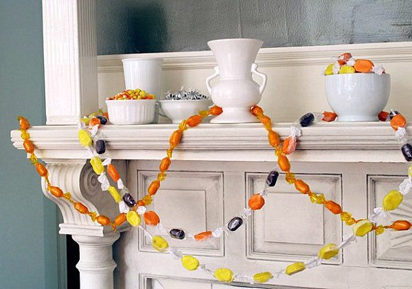 19 Homemade Halloween Decorations for a Festive Celebration - homemade halloween decorations