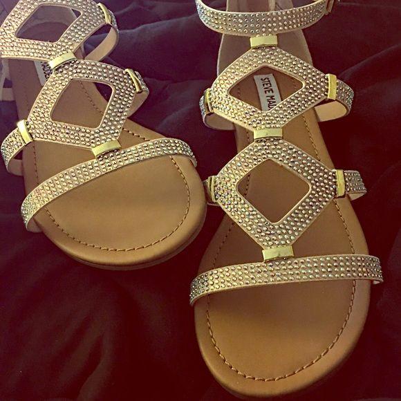 a56252d06a6112 Rhinestone Gladiator Sandals✨ ✊✨☺️BNIB nude Steve Madden Gladiator Sandals  covered in AB Swarovski crystals. Elegant golden zippered back.