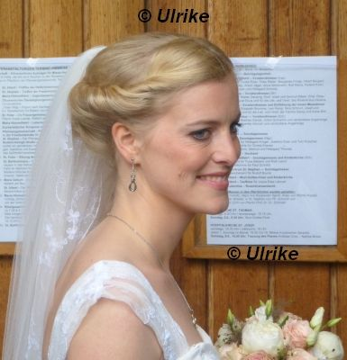 Princess Anna Von Hohenzollern Married Roman Goldschmidt At The Maria Himmelfahrt Church In Andernach Germany In Wedding Royalty Royal Weddings Princess Anna