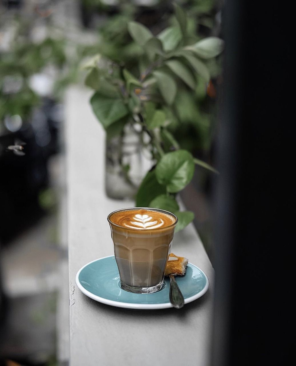 Cafe Coffee Love This Pairing Of Glass With Coloured Saucer Both Available At Hospitality Products Hospitalitydes Coffee Shot Coffee Photography Coffee Love