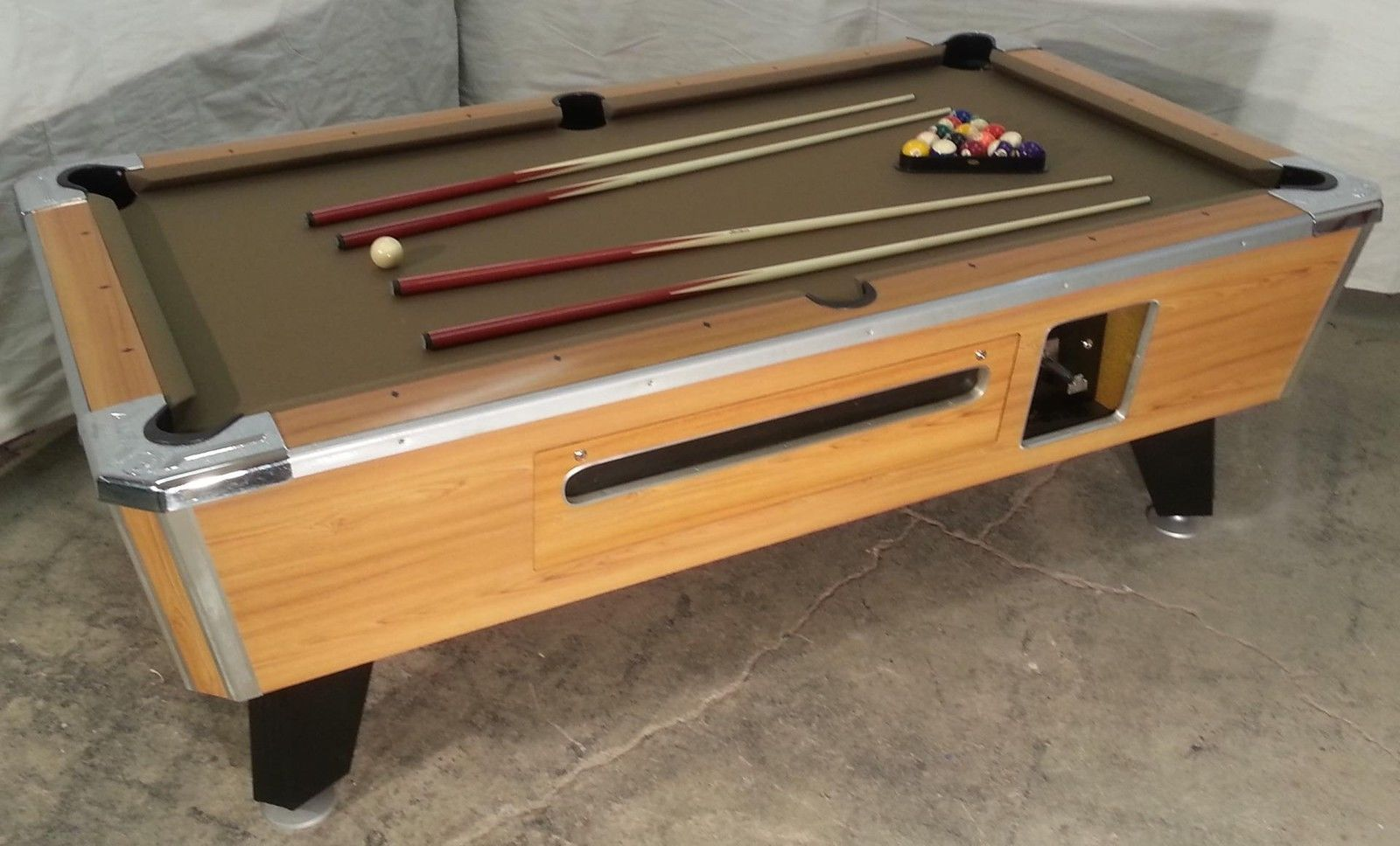 Valley cougar zd 7 coin op 7 bar size pool table totally valley cougar zd 7 coin op 7 bar size pool table totally refurbished in taupe watchthetrailerfo