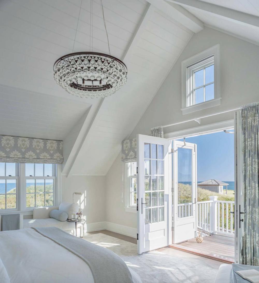 One Kindesign: Beach House Decor, White Beach