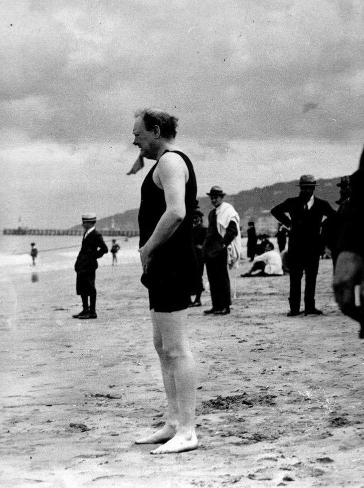 Winston Churchill Wearing An Old Fashioned Bathing Suit Winston Churchill Photos Winston Churchill Churchill