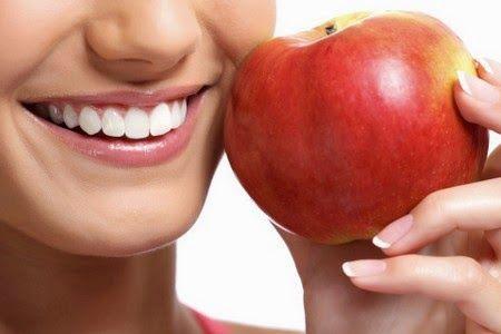 E' Bene Sapere...: E' Bene Sapere...maschera per il viso alla mela