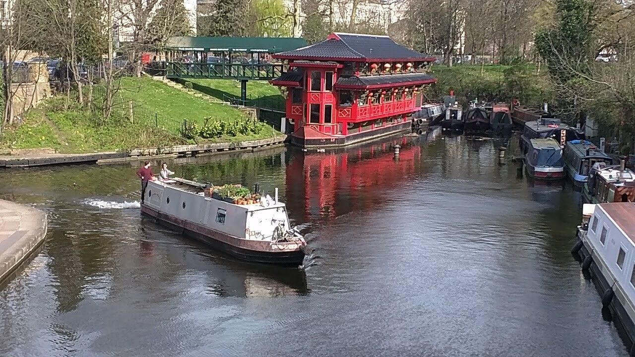 The Feng Shang Floating Chinese Restaurant Regents Park London Feng Shang Floating Chinese Restaurant London Park Regents Park London Chinese Restaurant