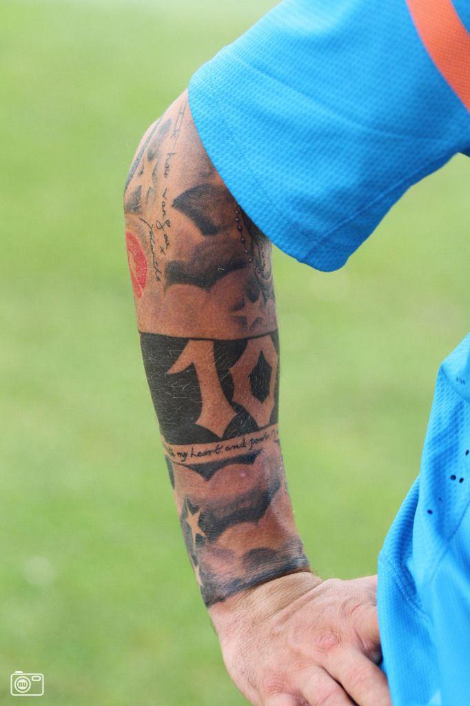 Wesley sneijders 39 tattooed arm tattoo ideen - Tattoo ideen arm ...
