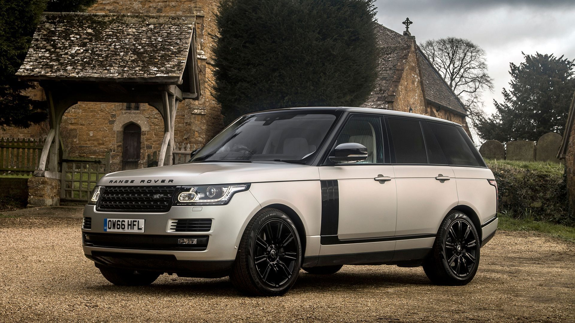 Land Rover Range Rover Autobiography Used Cars For Sale Autotrader Uk In 2021 Range Rover Car Range Rover Land Rover