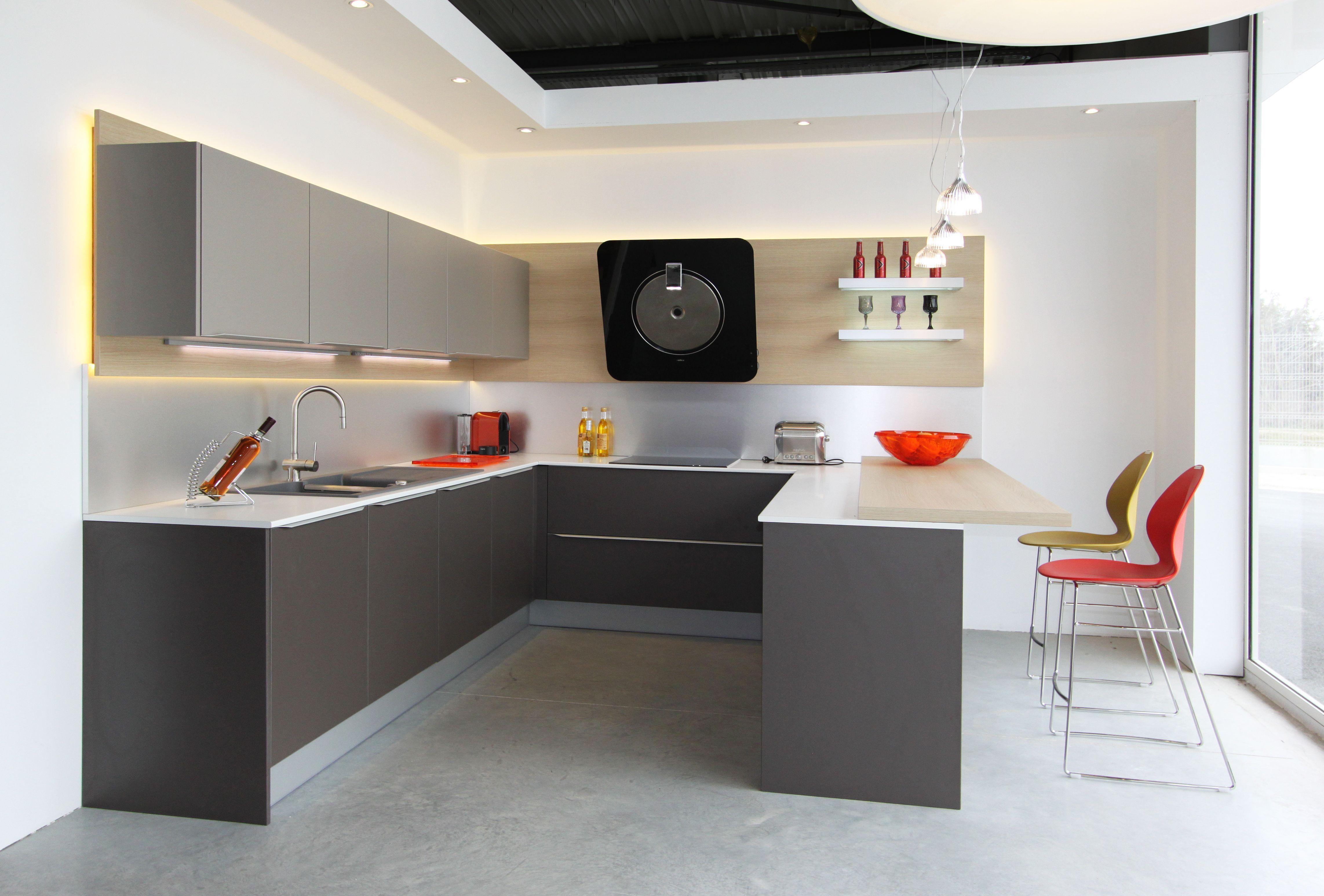 interesting cuisine tendance design fabrimeuble graphite et taupe chaise haute basil de calligaris with chaise basil calligaris