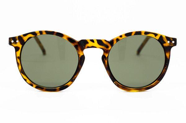 Winona 90s inspired frames