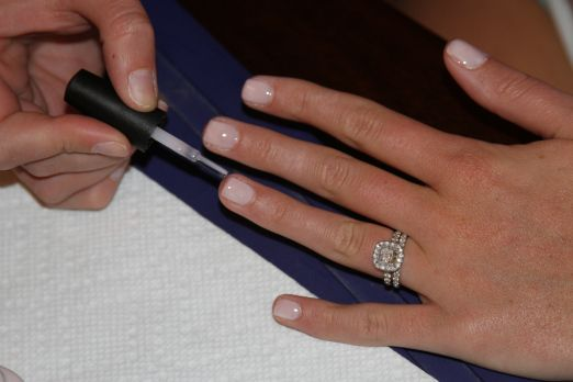 How to Do a Gel Manicure