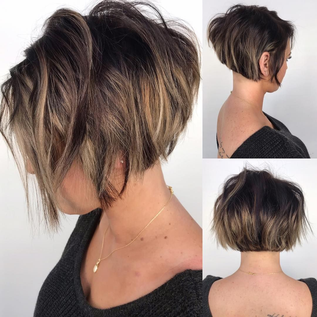 A Nice 360 View Of This Super Cute Stacked Bob Stackedbob Razorcut Donalds Short Hair With Layers Thick Hair Styles Short Hairstyles For Thick Hair