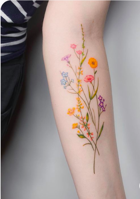 40 Elegant Flower Body Tattoos with Roses, Daisies and Lotus - The First-Hand Fashion News for Females