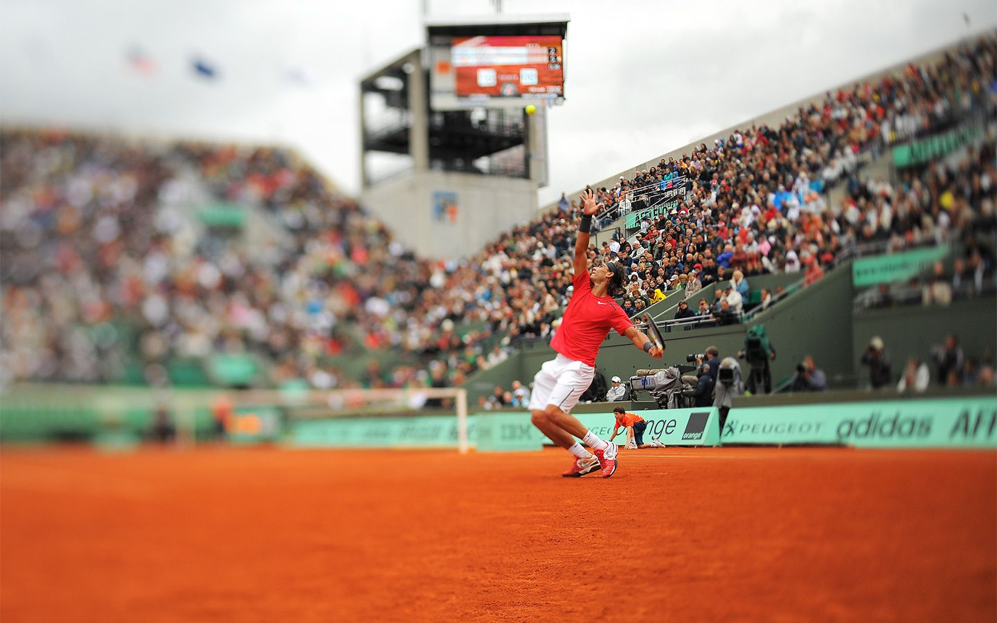 Rafael Nadal This Year S Favorite At Roland Garros Hopes To Take Away The Coupe Des Mousquetaires Roland Garros French Open Photo