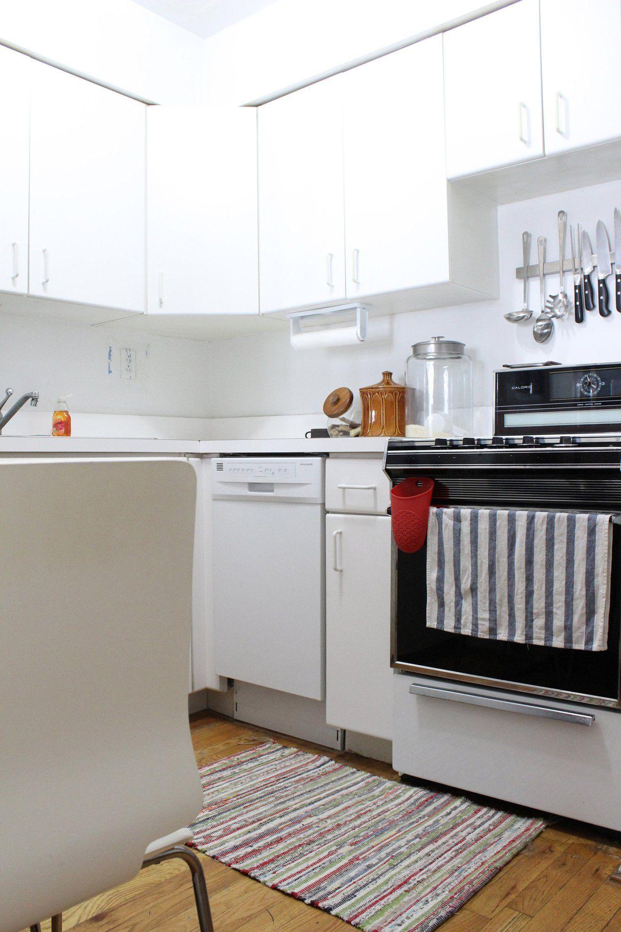 Oliver And Sherrie S 525 Square Foot Vintage Modern Bronx Loft Tiny Kitchen Small Kitchen Rental Kitchen