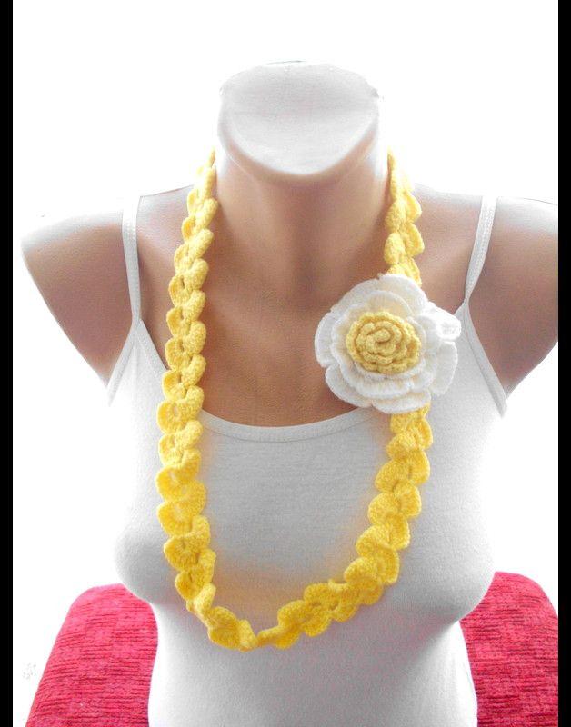 Crochet geblümten lariat Schal / Schals / Halsband