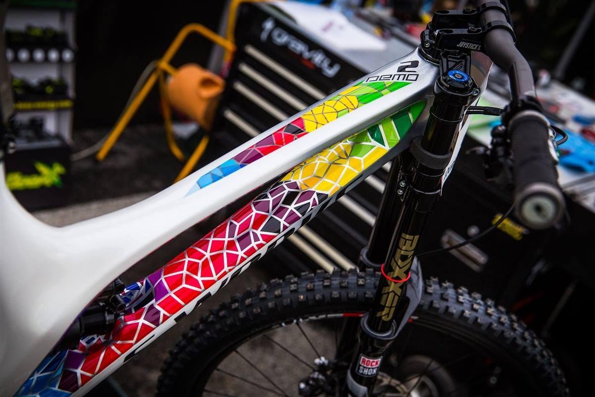 Loic Bruni Demo 8 Bicycle Painting Bicycle Paint Job