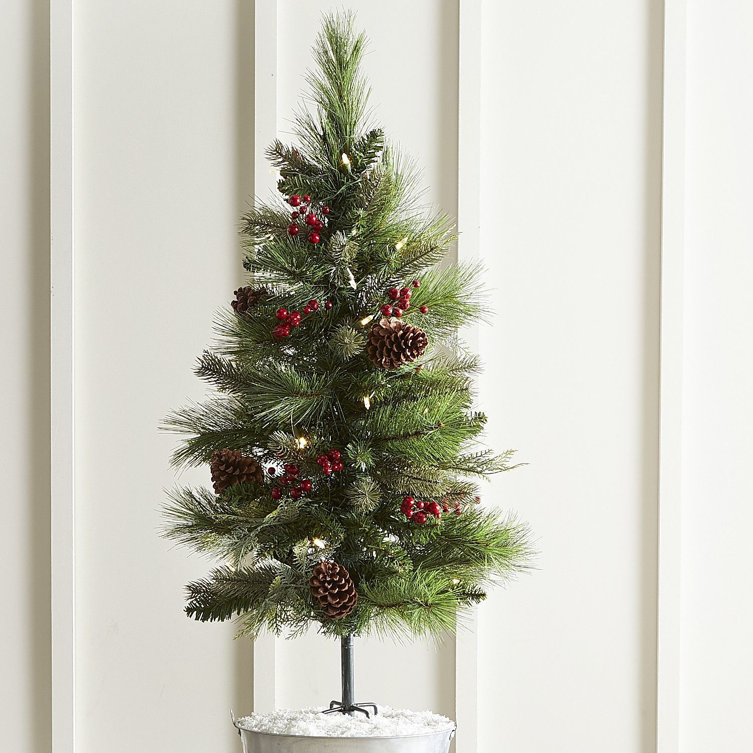 Pinecone & Faux Berry Outdoor Led Pathway Tree Green Christmas