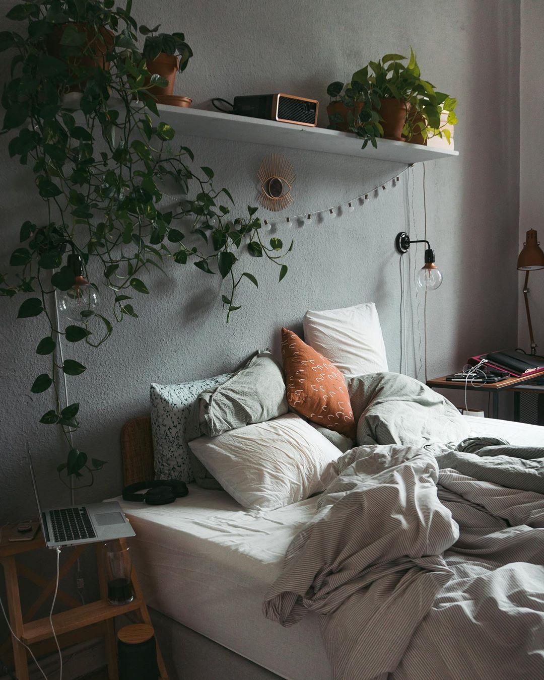 Interior I I Living Auf Instagram Werbung Ad Ich Liege Flach Dafur In 2020 Innenarchitektur Schlafzimmer Schlafzimmer Design Schlafzimmer Einrichten