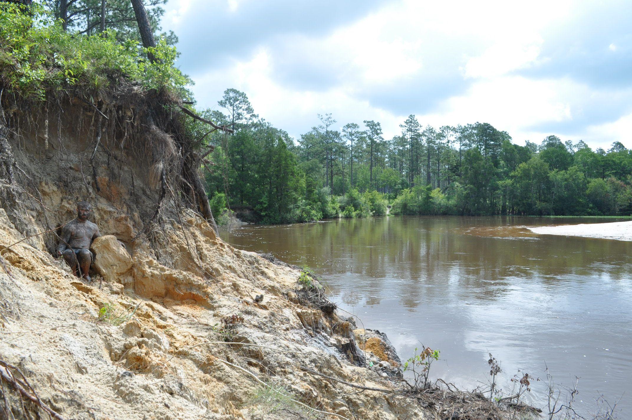 Mud pits off Black Water