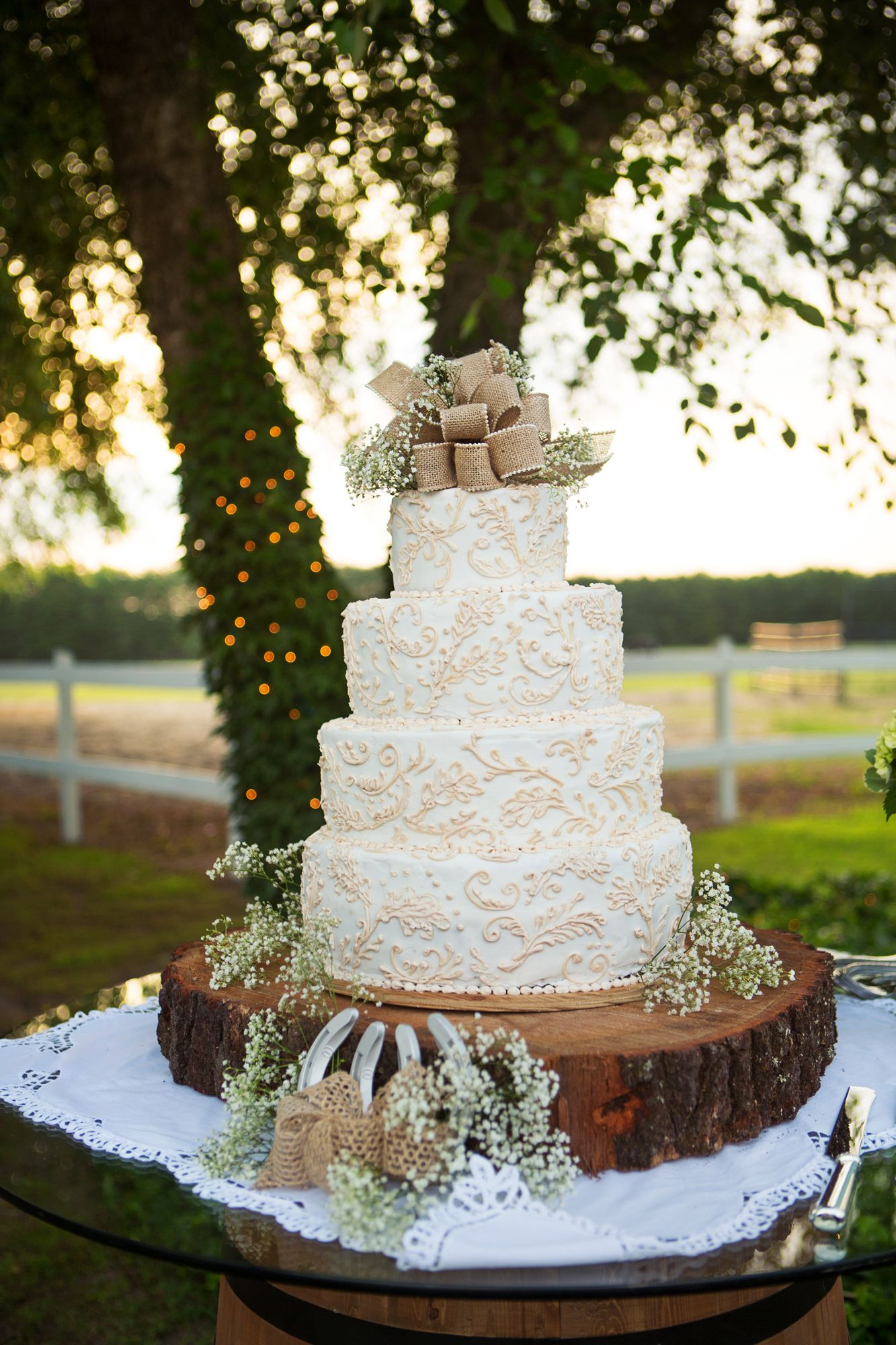 Rustic Burlap And Lace Wedding Cake Wedding Cake Rustic Country Wedding Cakes Lace Wedding Cake