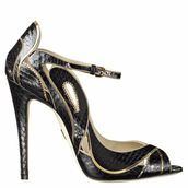 Single sole open toe pump with cutouts and gold chain trim