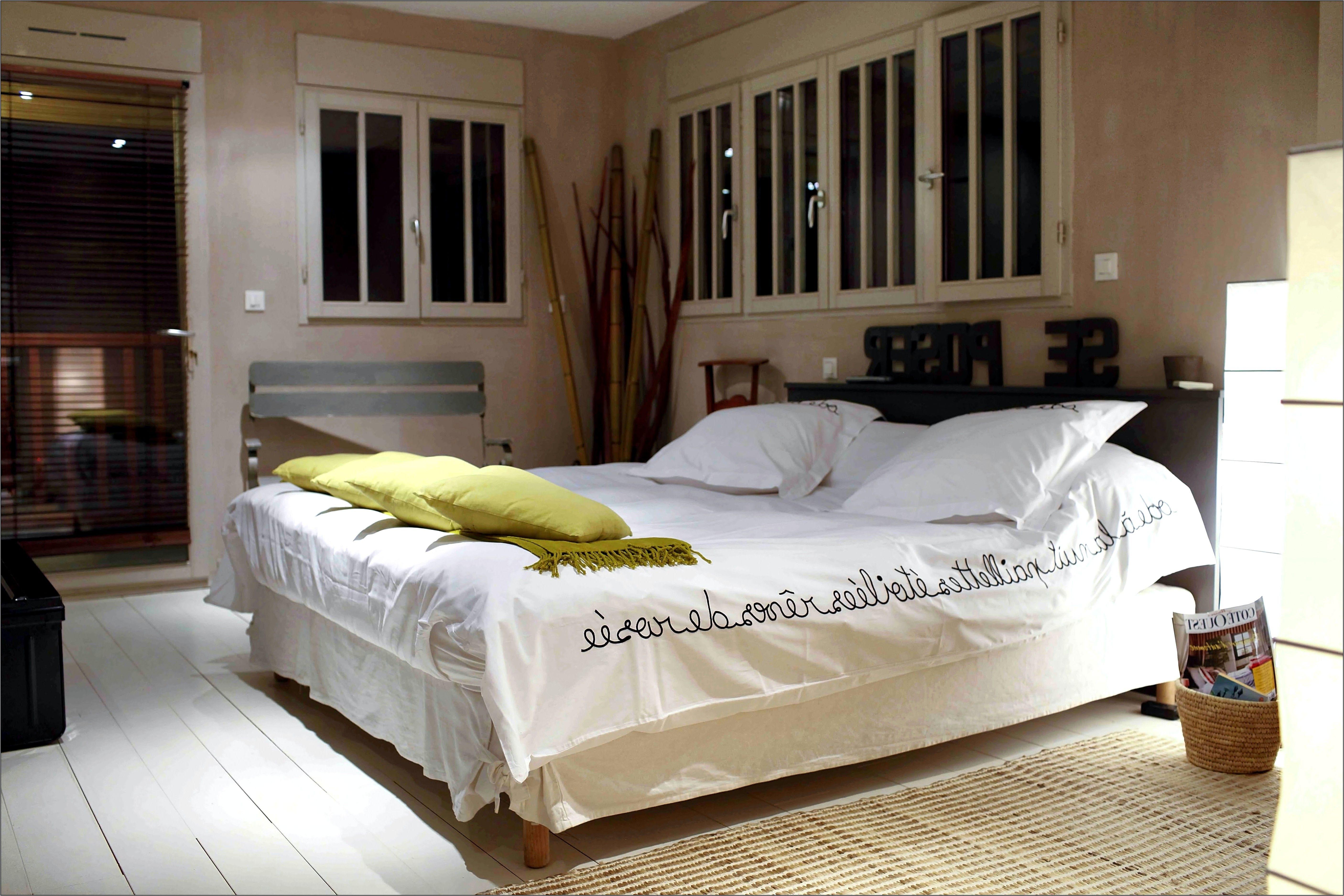 Deco Chambre Couple Lit Noir en 17  Décoration chambre