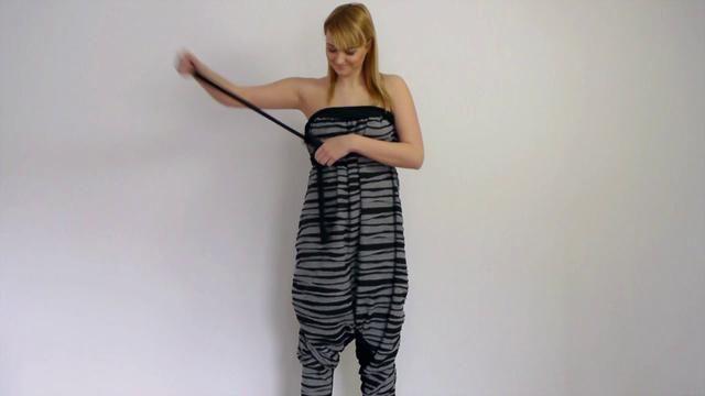 """Video on how to style the """"Pants on 1001 Way"""" garment. Funker lenka på pc'n? Ikke på Ipaden..."""