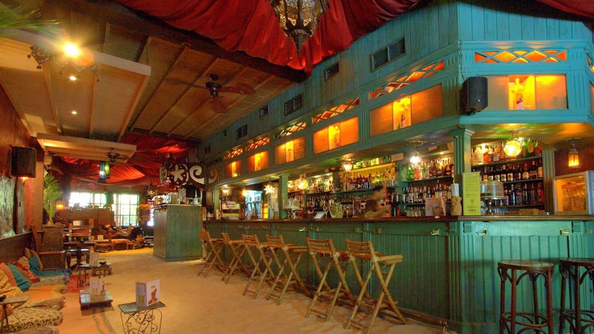 Unono - 5 chill out bars in Madrid to take a very much deserved ...