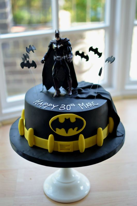 Fabulous Resultado De Imagen Para Batman Cake With Images Batman Personalised Birthday Cards Veneteletsinfo