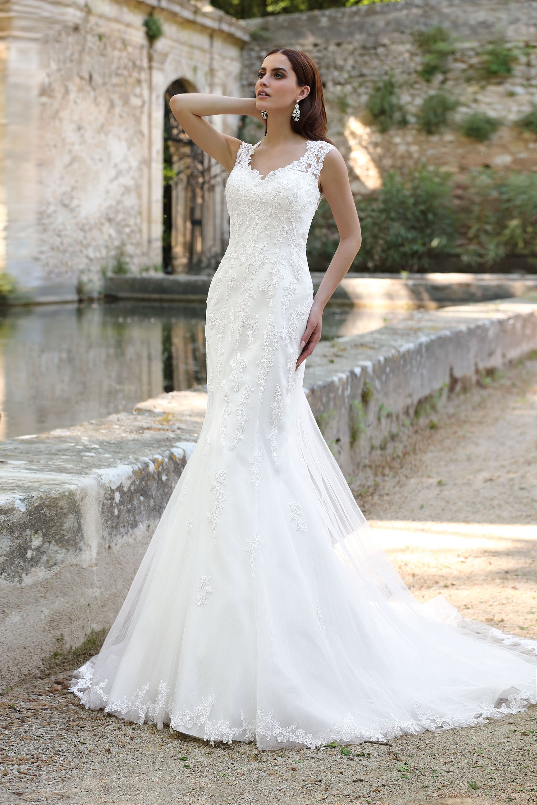 Emma Charlotte bridal collection | Gelinlikler | Pinterest | Bridal ...