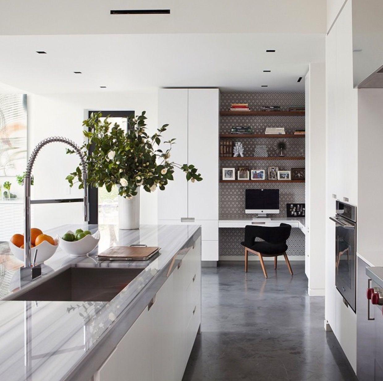 Concrete floor and wooden cupboards (COCO LAPINE DESIGN)   Wooden ...