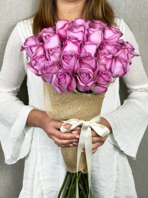 Express your love, care and emotions with the beautiful purple dream flowers bouquet which symbolize pride, success and dignity. These flowers bouquet helps to convey a message of renewal and optimism. Send this bouquet during birthday for her/his, or anniversary with our same day delivery by Flower Delivery Pasadena, CA.
