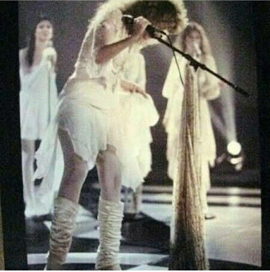 Stevie White Tights Stevie Nicks Fleetwood Mac Stevie Nicks Stevie [ 906 x 898 Pixel ]
