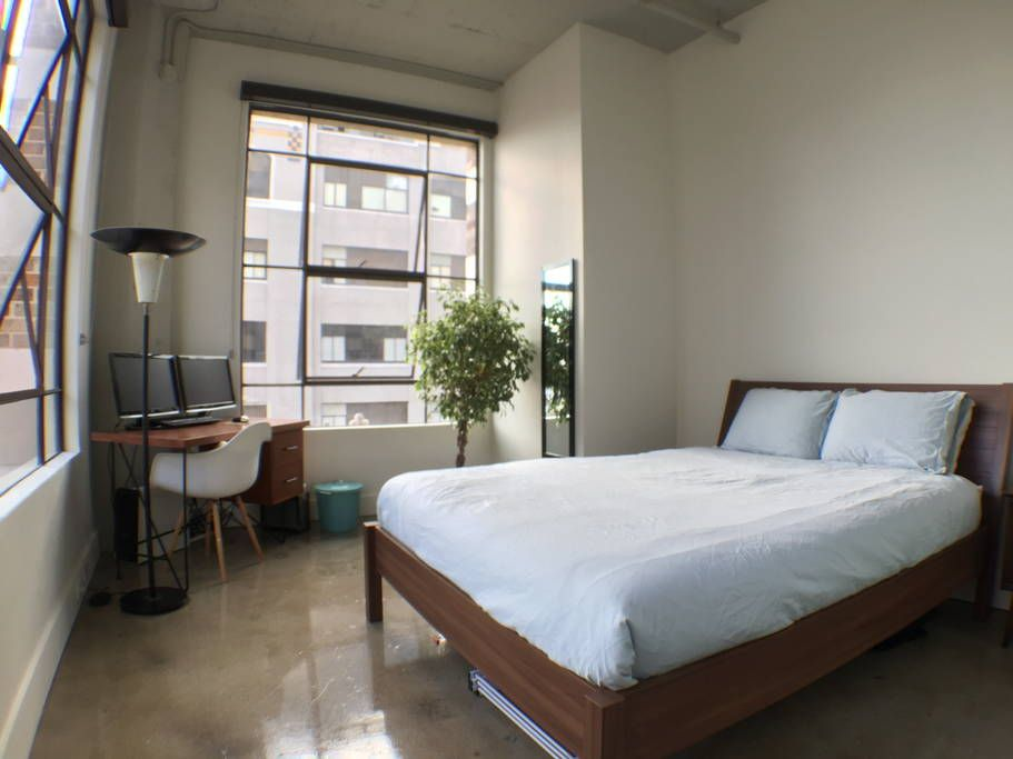 Bright And Beautiful Loft Lofts For Rent In Los Angeles Lofts For Rent Home Little House