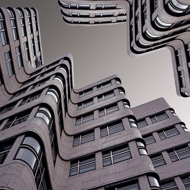 Il Cielo Sopra Berlino Perspective Building And