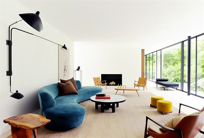 12 Best Ways To Style A Curved Sofa Modernist Interior Furniture Trends Curved Sofa