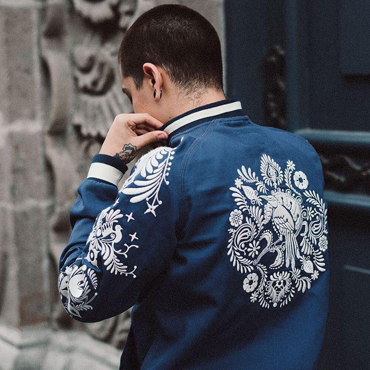 HB8 Jacket / Bordado en Hilo de Algodón / Marino - Marfil / Gabardina de 12 oz / Disponible este 1 de Octubre en nuestro showroom.