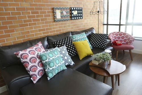 Patterned Throw Pillows On Sofa Vary The Colors And Patterns Bright Pillowscolorful Pillowsblack Leather