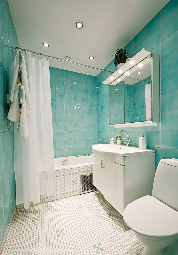 Colour Designs On The Side Of The Tub Kitchen And Bath Ideas