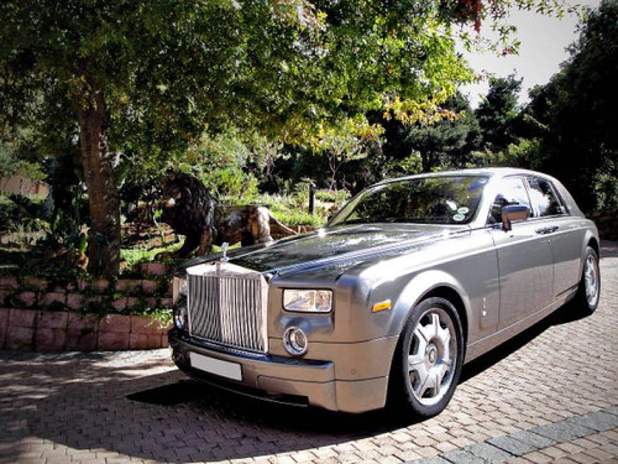 Status Luxury Vehicles Rolls Royce Luxury Car Hire Rolls Royce Phantom