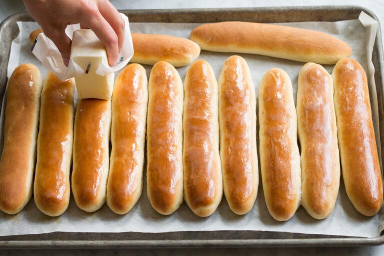 Breadsticks Recipe in 2020 Bread sticks recipe, Garlic