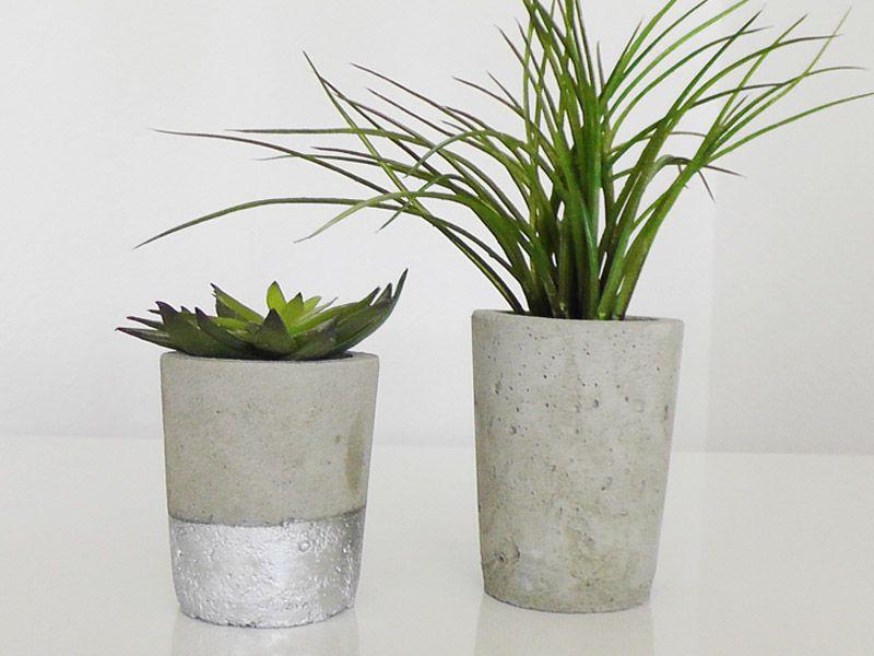 blumen bert pfe aus beton selber machen ist wirklich cool. Black Bedroom Furniture Sets. Home Design Ideas