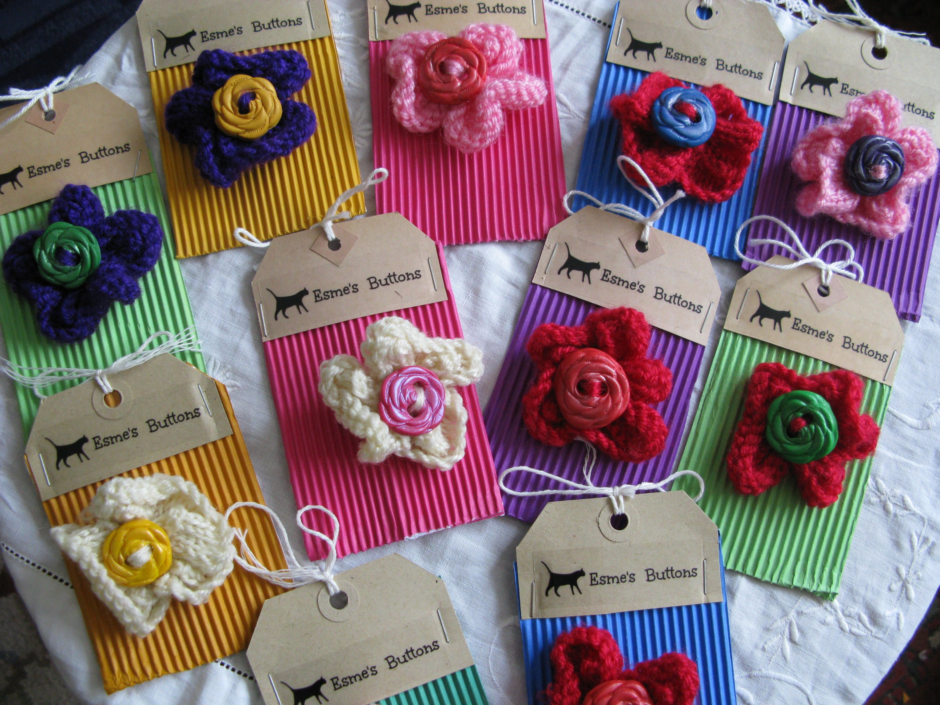 Roses Knitting Centre : Knitted flowers with our own rose buttons as centres £