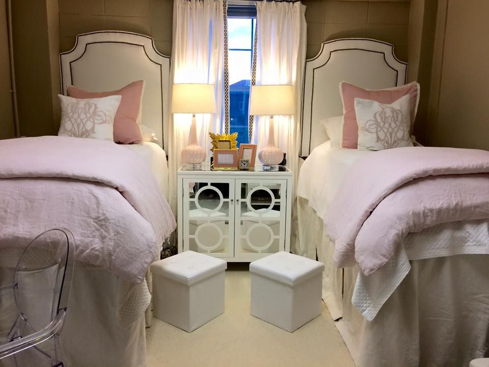 gorgeous light pink and white dorm room at ole miss martin