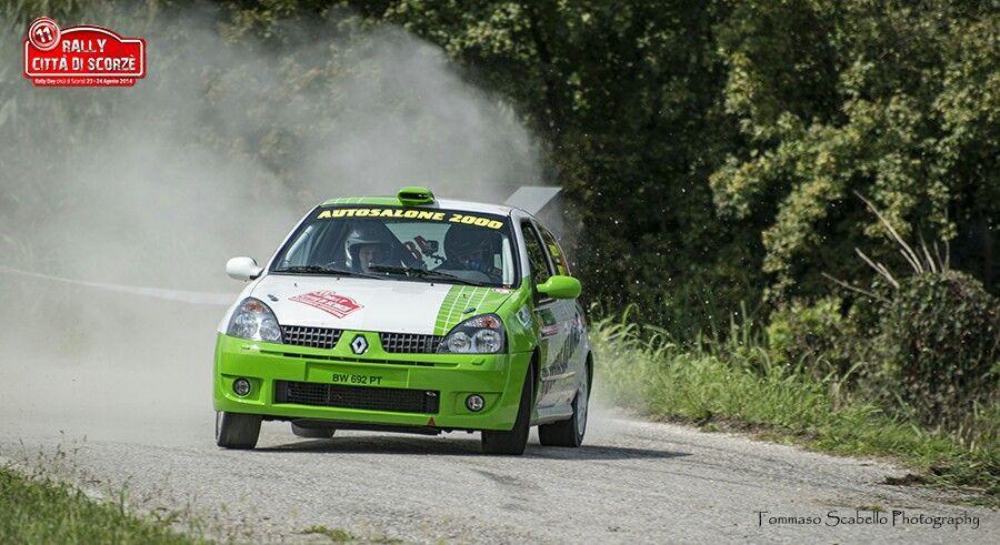 Renault Clio gruppo N