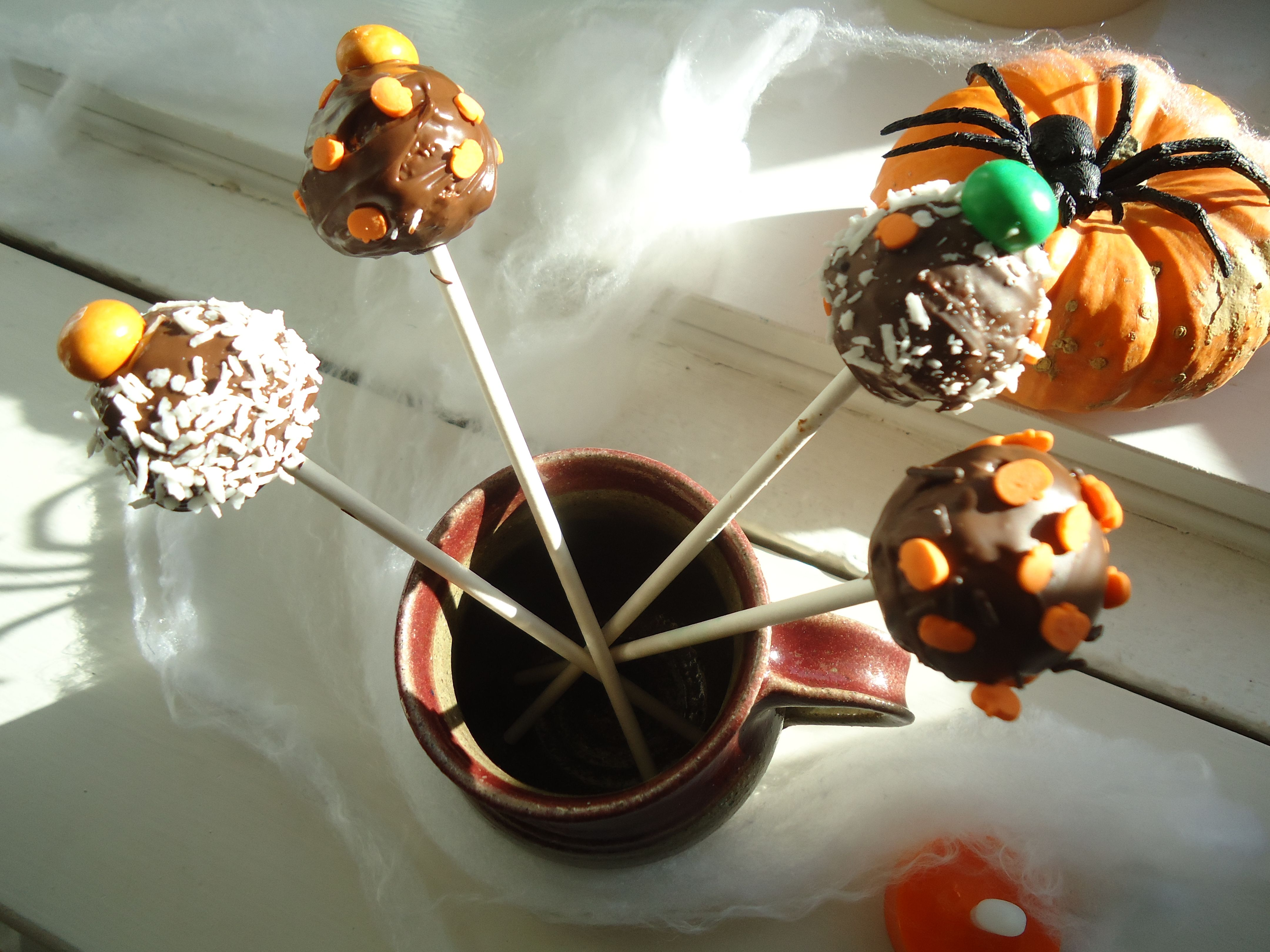 """""""Easy Pops"""" like cake-pops but easy.  A nice treat to make with children as they are super easy."""