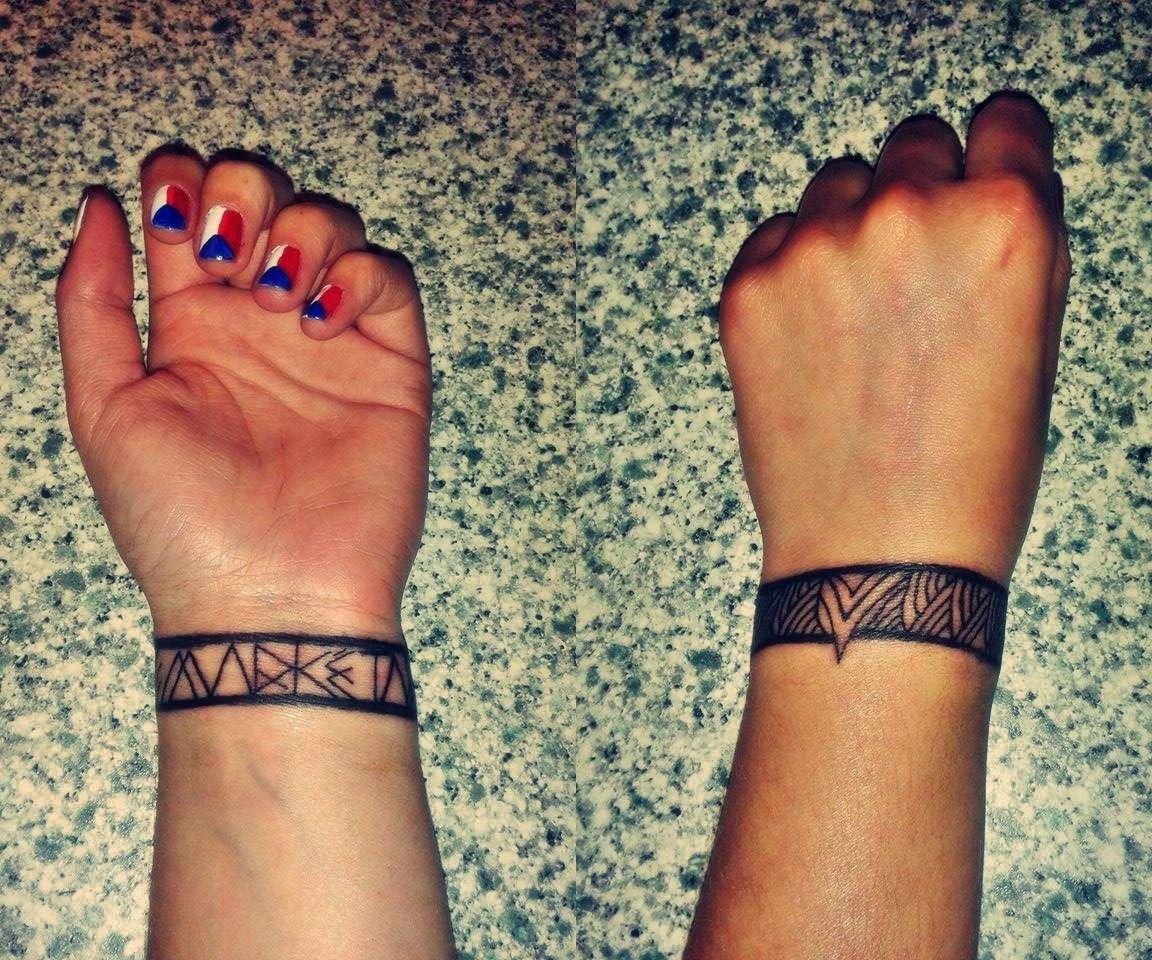 Maori Bracelet Tattoo: Little Wrist Tattoo, Maori Bracelet With Quarz Font