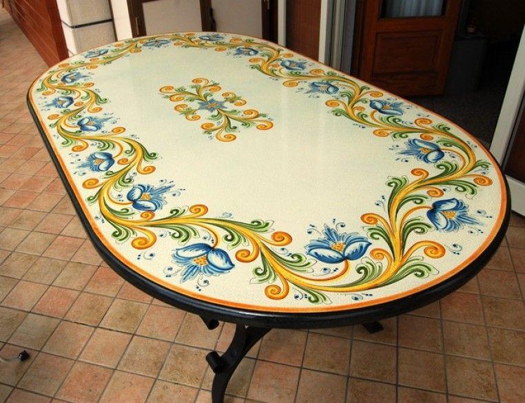 Tavoli in pietra lavica decorati / TAVOLI OVALI - Siad Ceramiche ...