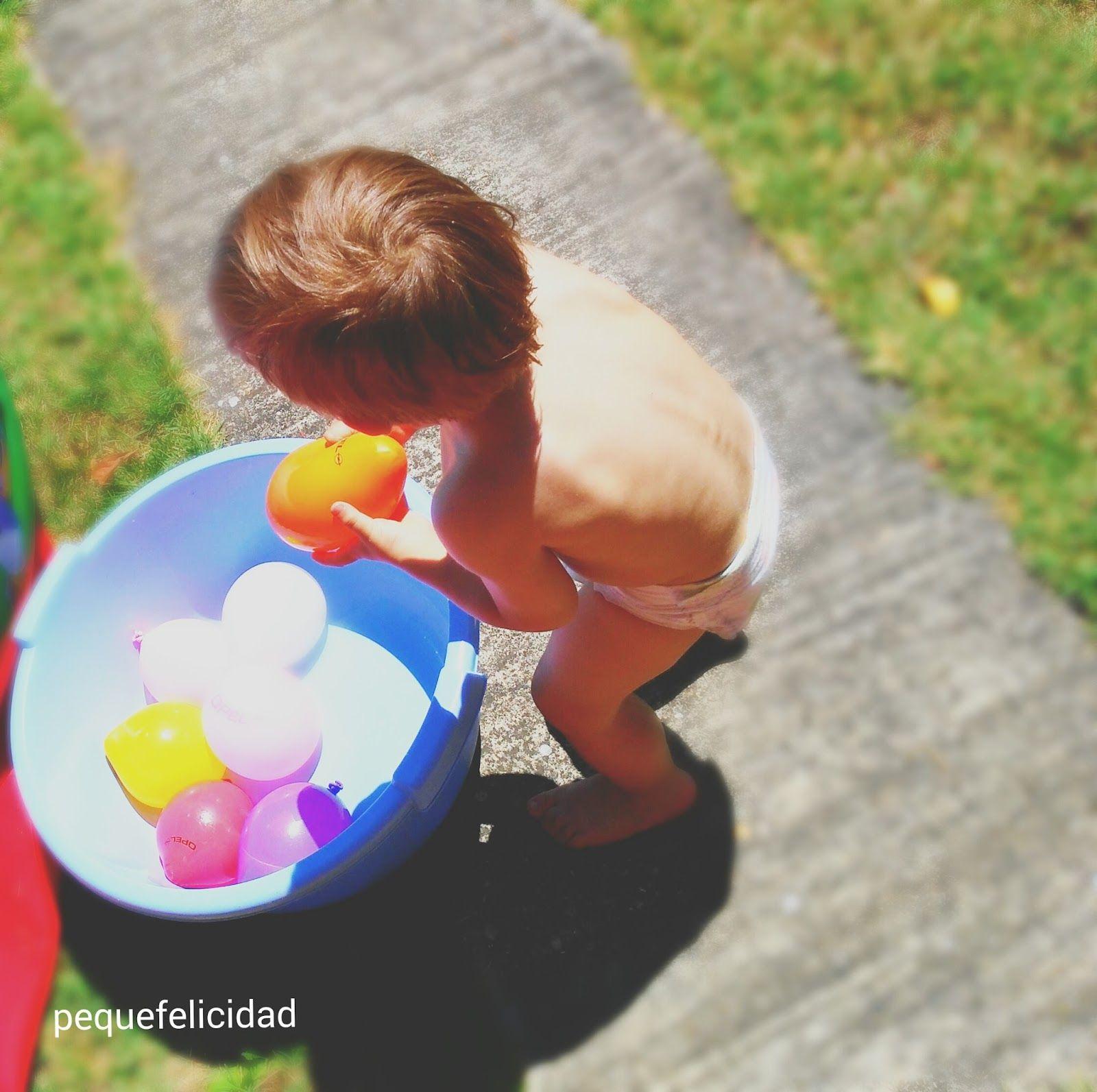Pequefelicidad 10 juegos con agua para ni os de 1 a 2 a os juegos ega pinterest 10 juegos for Juegos de jardin para nios puebla
