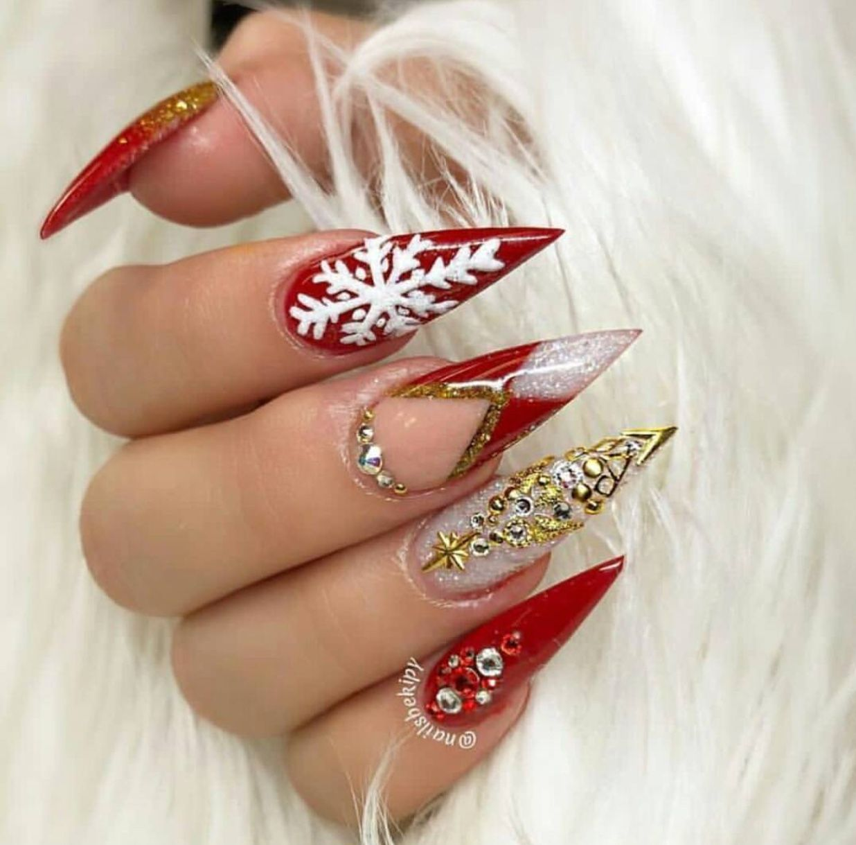 27 Holiday Nail Designs Acrylic Nails For Winter